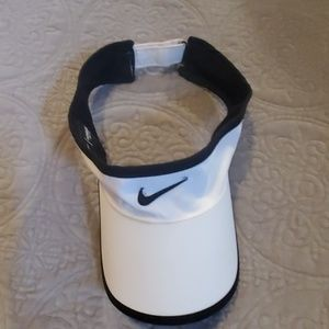 Nike dri fit white and black visor